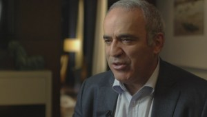 Garry Kasparov on Vladimir Putin: We have to make sure we're playing chess, not poker