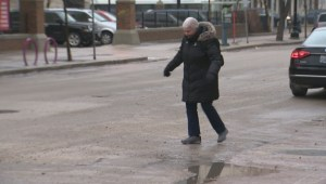 Slippery sidewalks, icy roads causing a treacherous commute for Winnipeggers