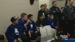Flames Johnny Gaudreau & Mason Raymond surprise pair of Cochrane PeeWee teams