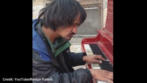Edmonton homeless man playing piano goes viral