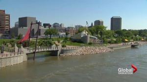 Is there enough shade at Saskatoon's River Landing