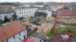 Apartment building collapse kills 2, injures several others in Poland
