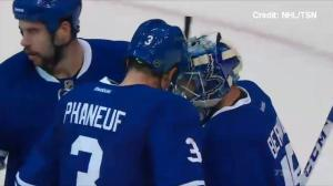 Maple Leafs' salute snub at centre ice irks some fans