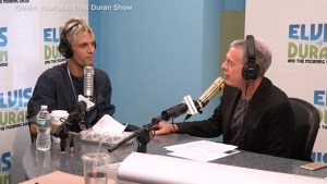 Aaron Carter says his health issues will be revealed in radio interview