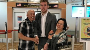 Edmonton couple excited to meet Connor McDavid clutch onto NHL star in viral photo