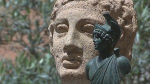 U.S. returns 25 stolen artefacts to Italy
