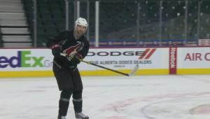John Scott, Arizona teammates embracing NHL all-star appearance