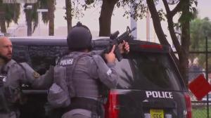Police, SWAT seen with guns drawn amid Ft. Lauderdale shooting