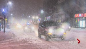 Snow catches Montreal by surprise
