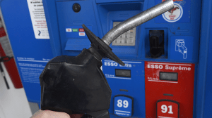 Canadians see hike at the pumps