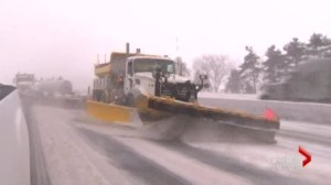 Ontario considers adding more public workers to clear snowy highways