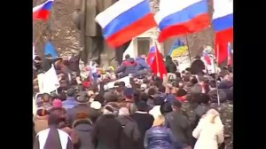 Scuffles between pro-Ukrainians and pro-Russians over control of municipal building