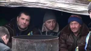 Raw video: Behind the barricades in Kiev's Independence Square