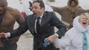 Jimmy Fallon takes polar plunge into Lake Michigan