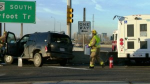 Two people injured in Calgary handibus crash