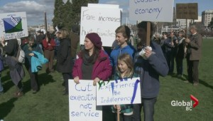 Transportation minister unmoved by BC Ferries demonstration
