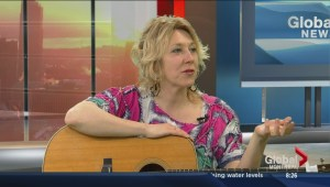 Martha Wainwright performs