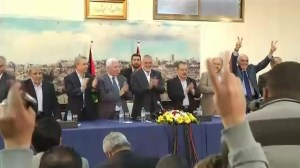 Rival Palestinian factions Hamas and Fatah agree reconciliation deal