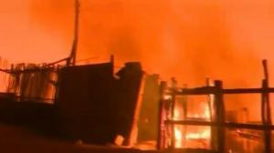 Raw video: Authorities battle massive wildfire in Chile