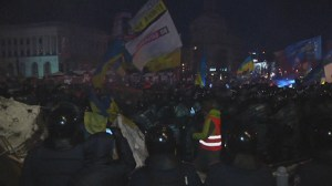 Raw: Hundreds of police storm protest camp in central square of Ukrainian capital