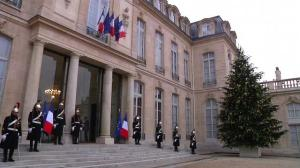 Raw video: Pauline Marois meets with French president Francois Hollande in Paris
