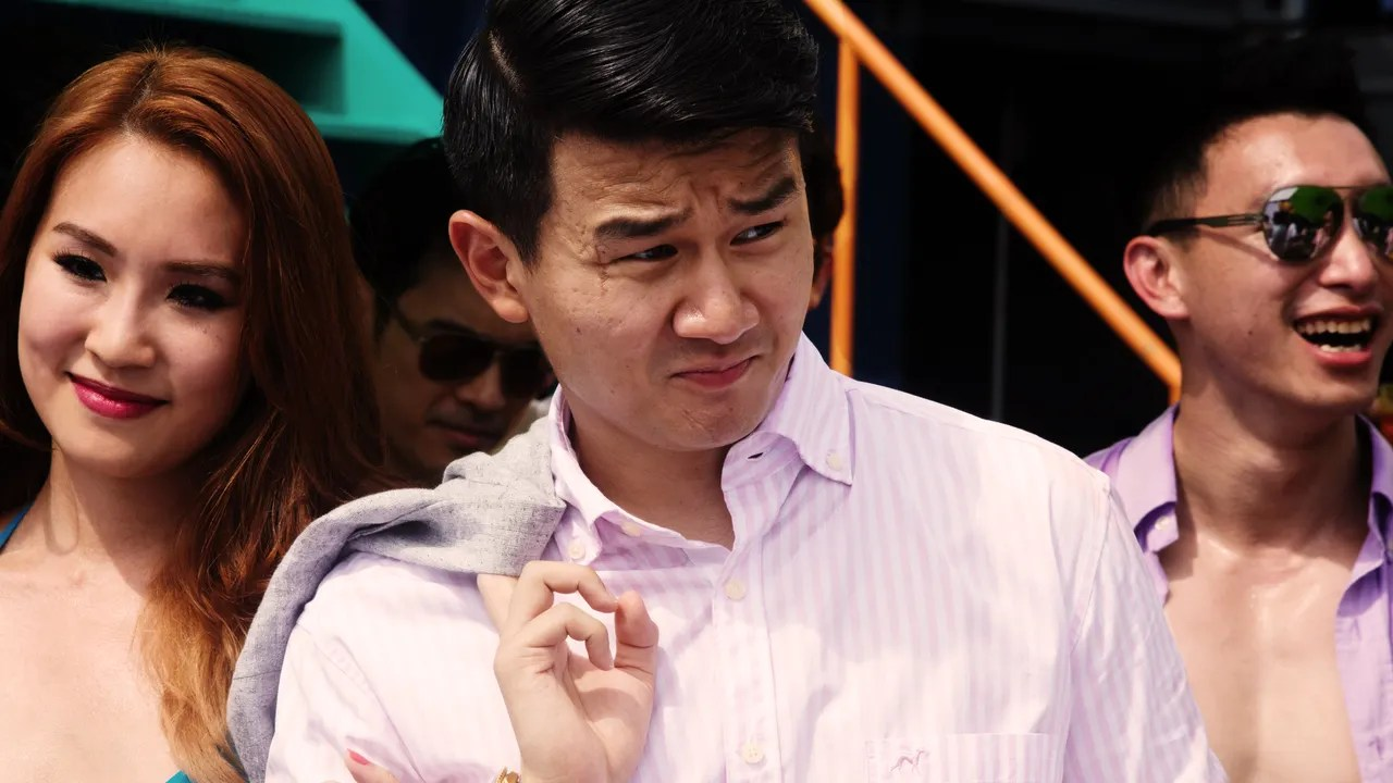 Part Douche Crazy Rich Asians Ronny Chieng Knows The Secret To Success And