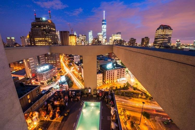 Nightlife Calendar New York Pub Crawl New York Nycs 1 Bar Nightclub Crawl The Ultimate Spring Guide To Nycs Best Rooftop Bars