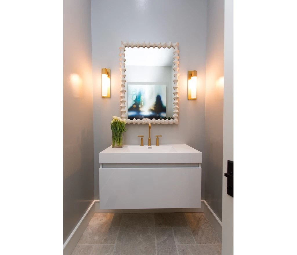 Dikke Plinten Powder Room Photos Hgtv Canada