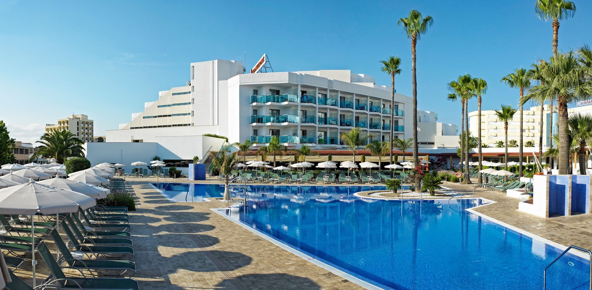 Pool Mallorca Services Offered In Hipotels Cala Millor Park- Majorca