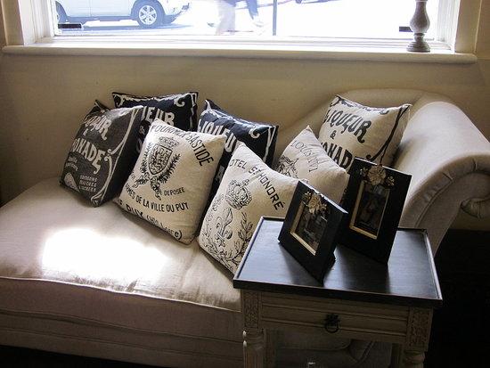 Anteo - french pillows
