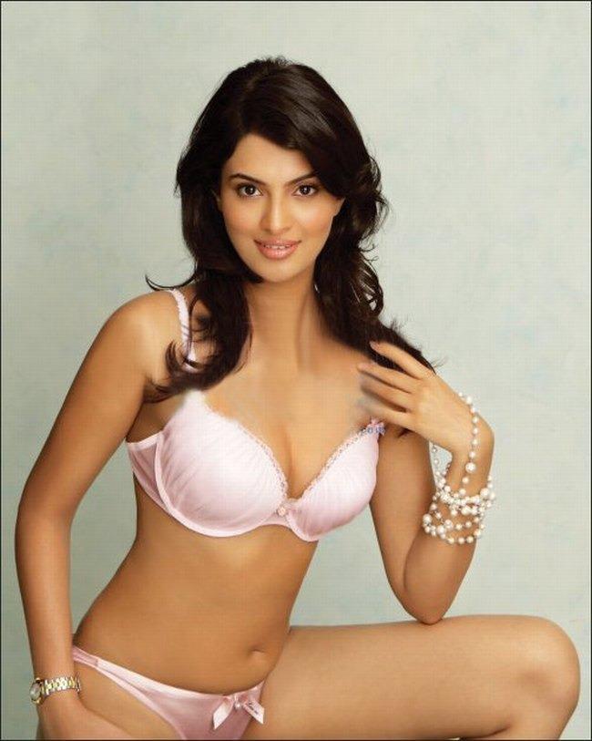 Back Side Girl Wallpaper Hottest Pictures Of Indian Lingerie Models Photos