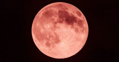 A Brilliant Strawberry Moon Will Be Visible In Night Sky Tonight, Where Moon Will Be Red Almost