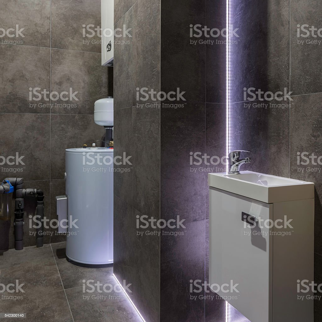 Boiler Badezimmer Dark Boiler Room With Decorative Led Light Stockfoto Und