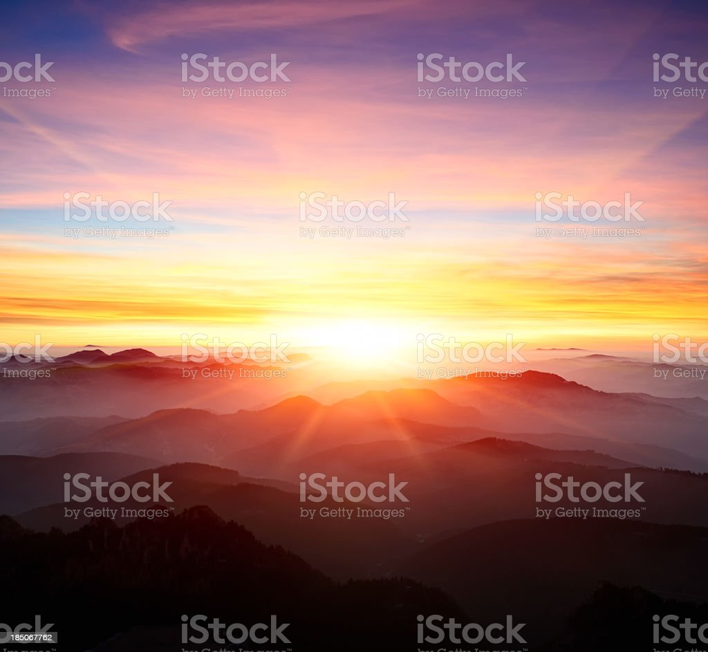 Imagery Quotes In The Yellow Wallpaper Sunrise Dawn Pictures Images And Stock Photos Istock