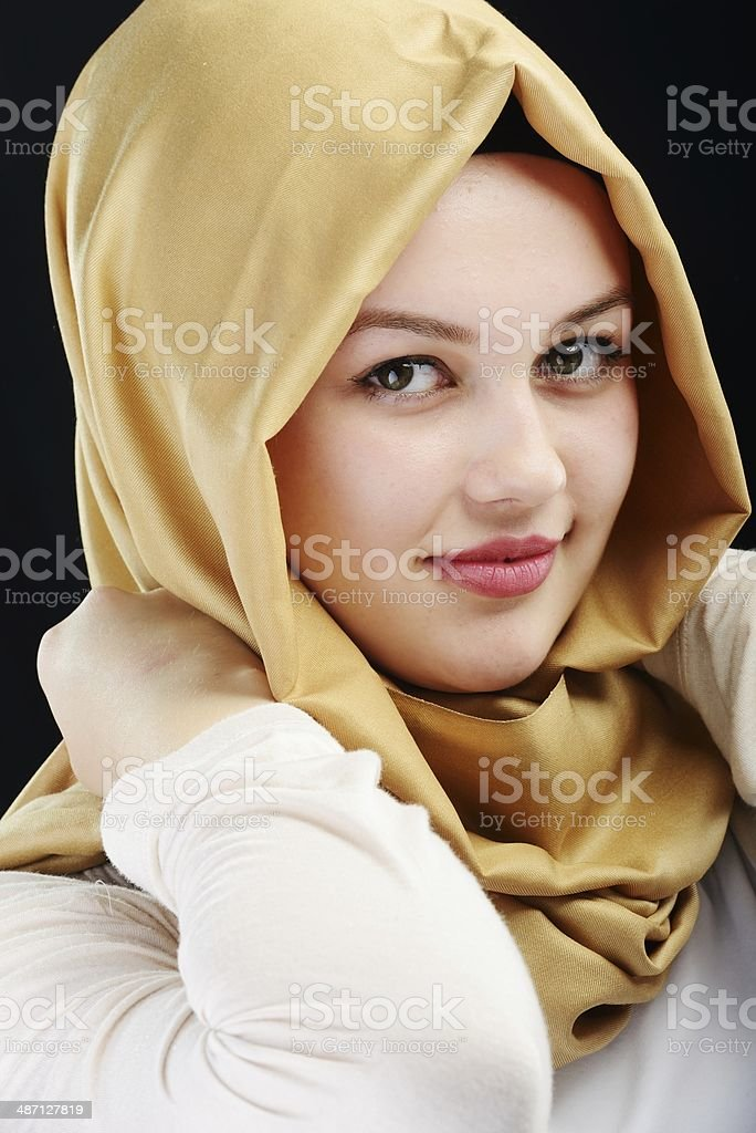 Iran Beautiful Girl Wallpaper Beautiful Women Wearing A Hijab Pictures Images And Stock