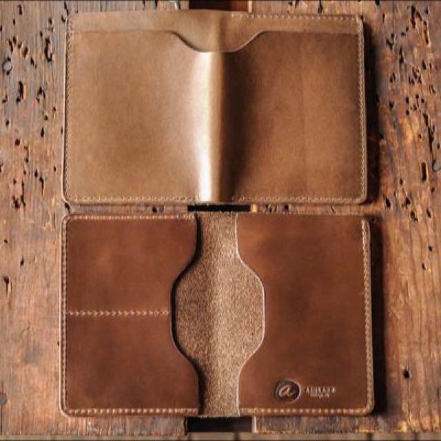 Basic Leather Card Sleeve Template - Build Along Video