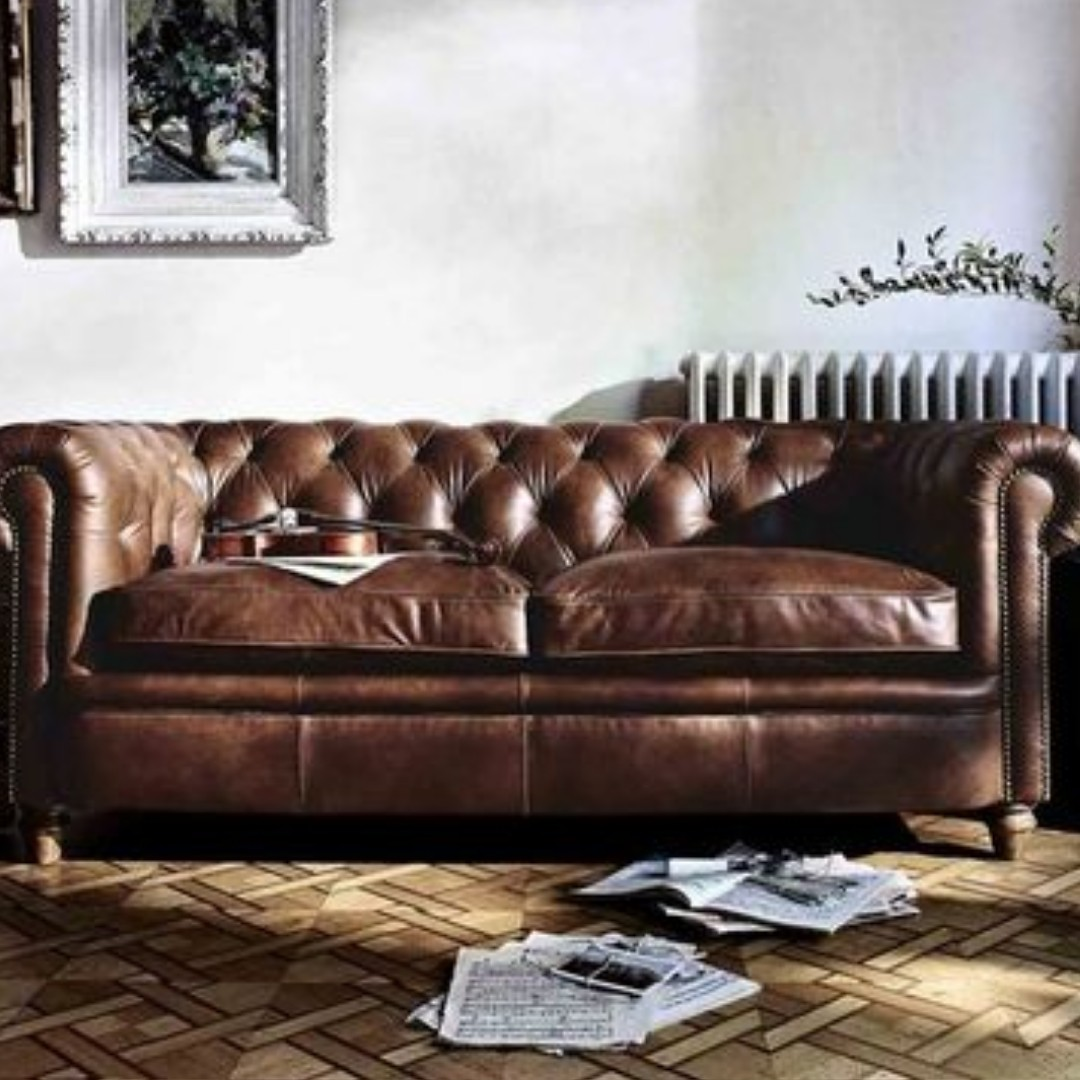 Chesterfield Sofa Chesterfield Sofa Furniture Sofas On Carousell