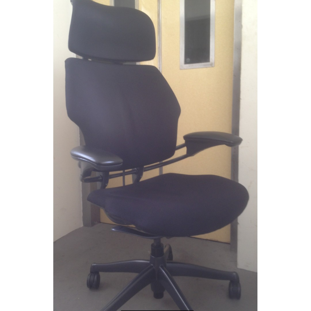 Freedom Furniture Head Office Humanscale Freedom With Headrest Furniture Tables Chairs On