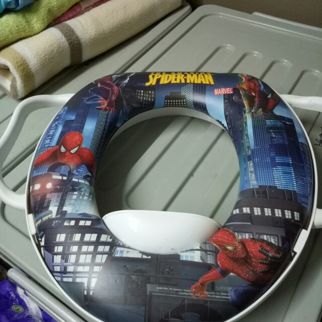 Toilet seat for potty train - spiderman, Babies  Kids, Others on