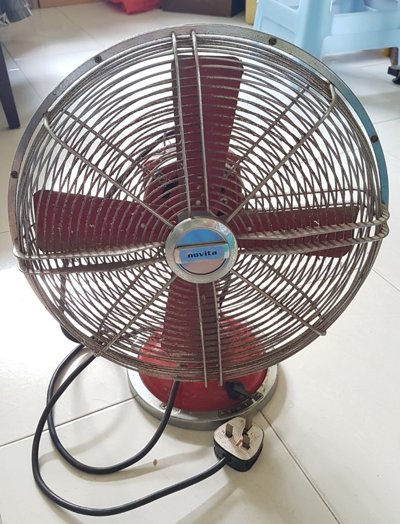 Vintage Looking Fan Novia Vintage Looking Fan