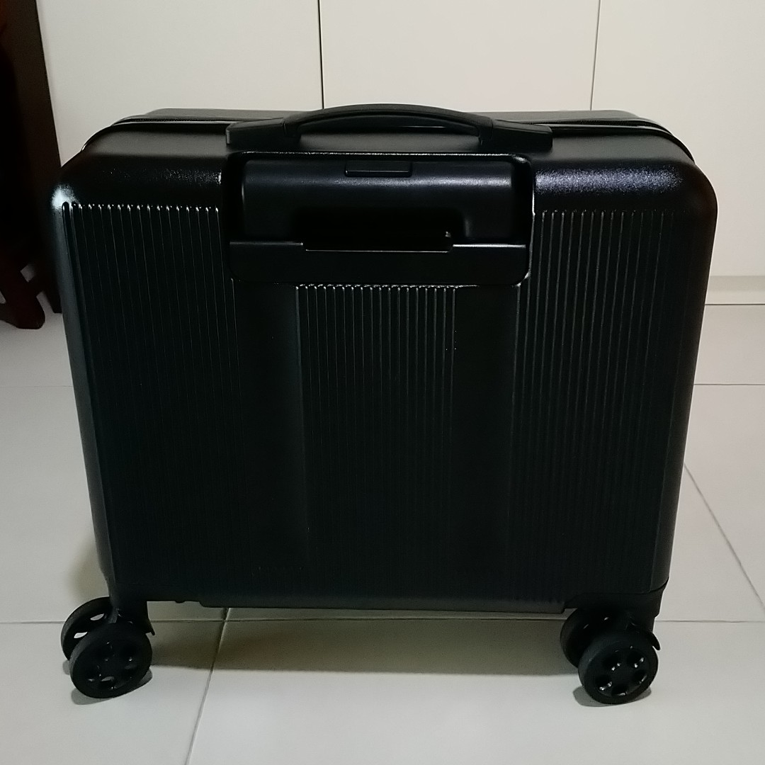 Lightweight Cabin Luggage Lightweight Cabin Sized Suitcase