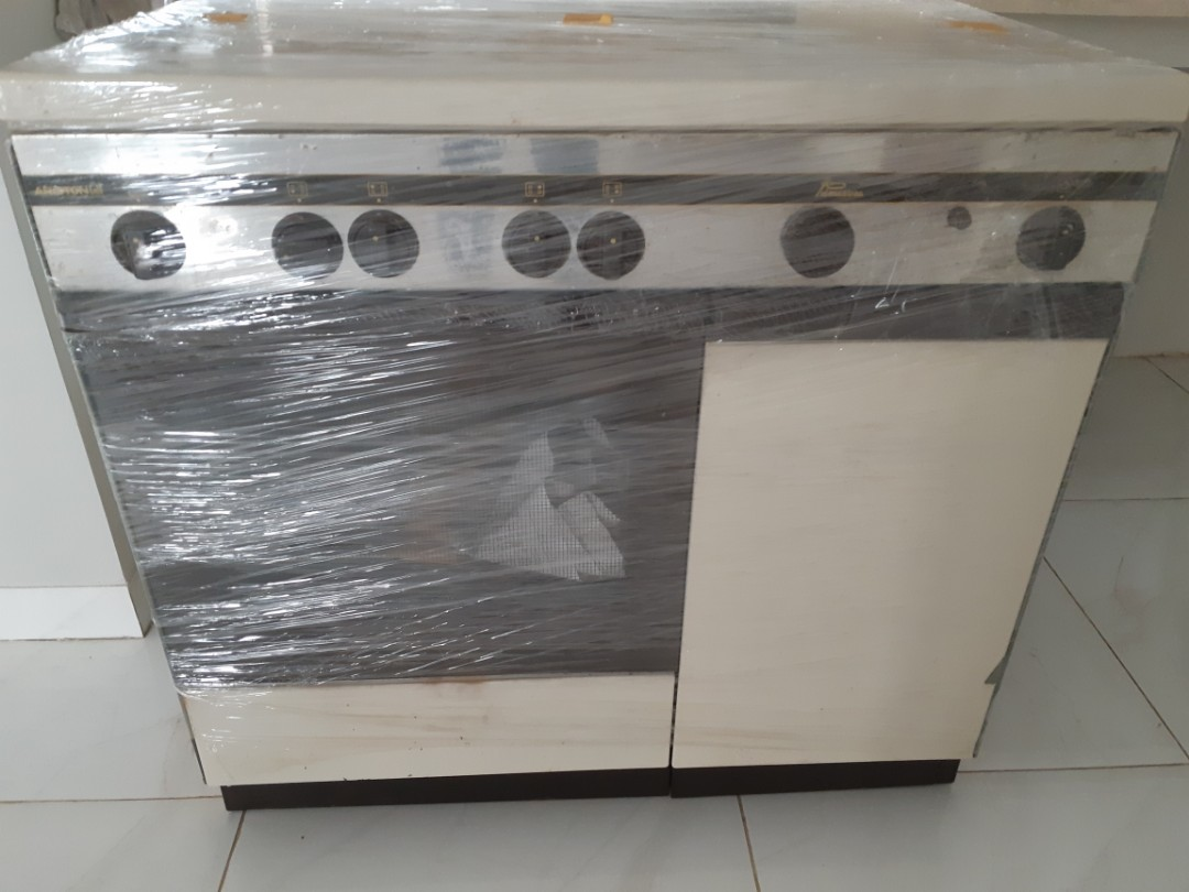 Ariston Mesin Cuci Service Center Jakarta Kompor Ariston 4 Tungku Oven Electronics Others On Carousell