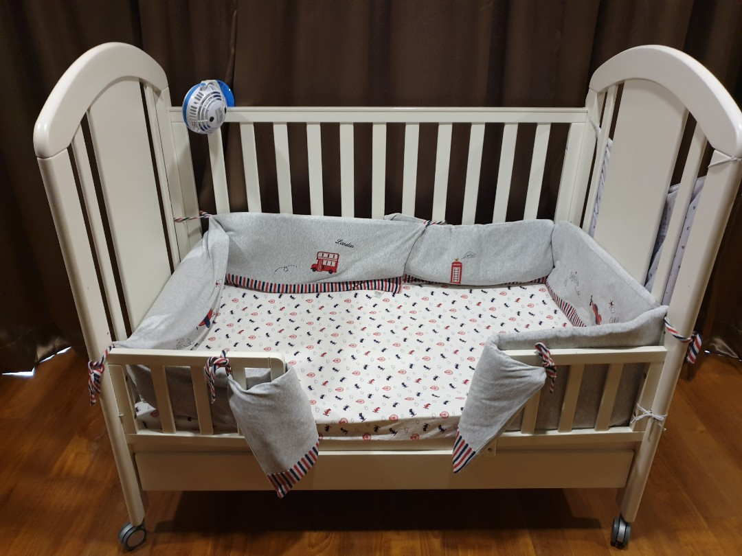 Baby Cots That Attach To Beds Baby Cot