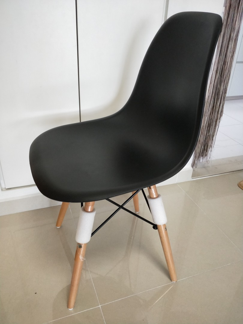 Designer Chairs Used Eames Black Replica Designer Chair Whole Set 4 Chairs