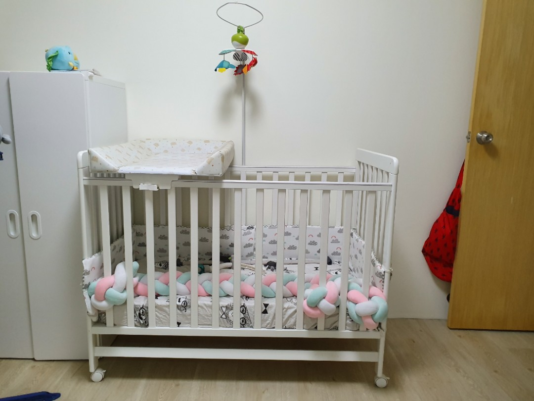 Baby Cots That Attach To Beds Baby Cot With Diaper Attachment