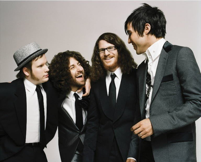 Fall Out Boy Mania Pc Wallpaper Fall Out Boy Release New Single Announce Reunion Tour
