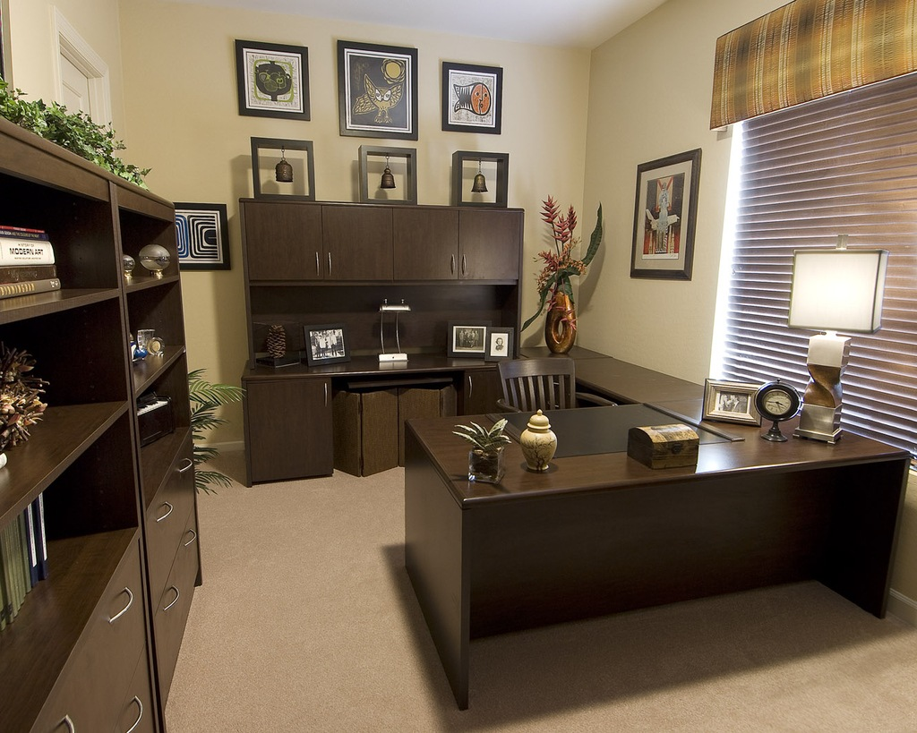 How To Decorate Your Office 14 Simple Things You Can Do To Upgrade Your Office