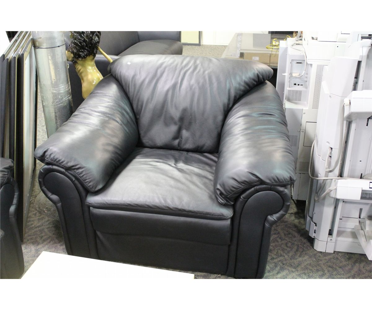 Overstuffed Leather Chair And Ottoman Black Overstuffed Leather 3 Seat Sofa And Armchair Able