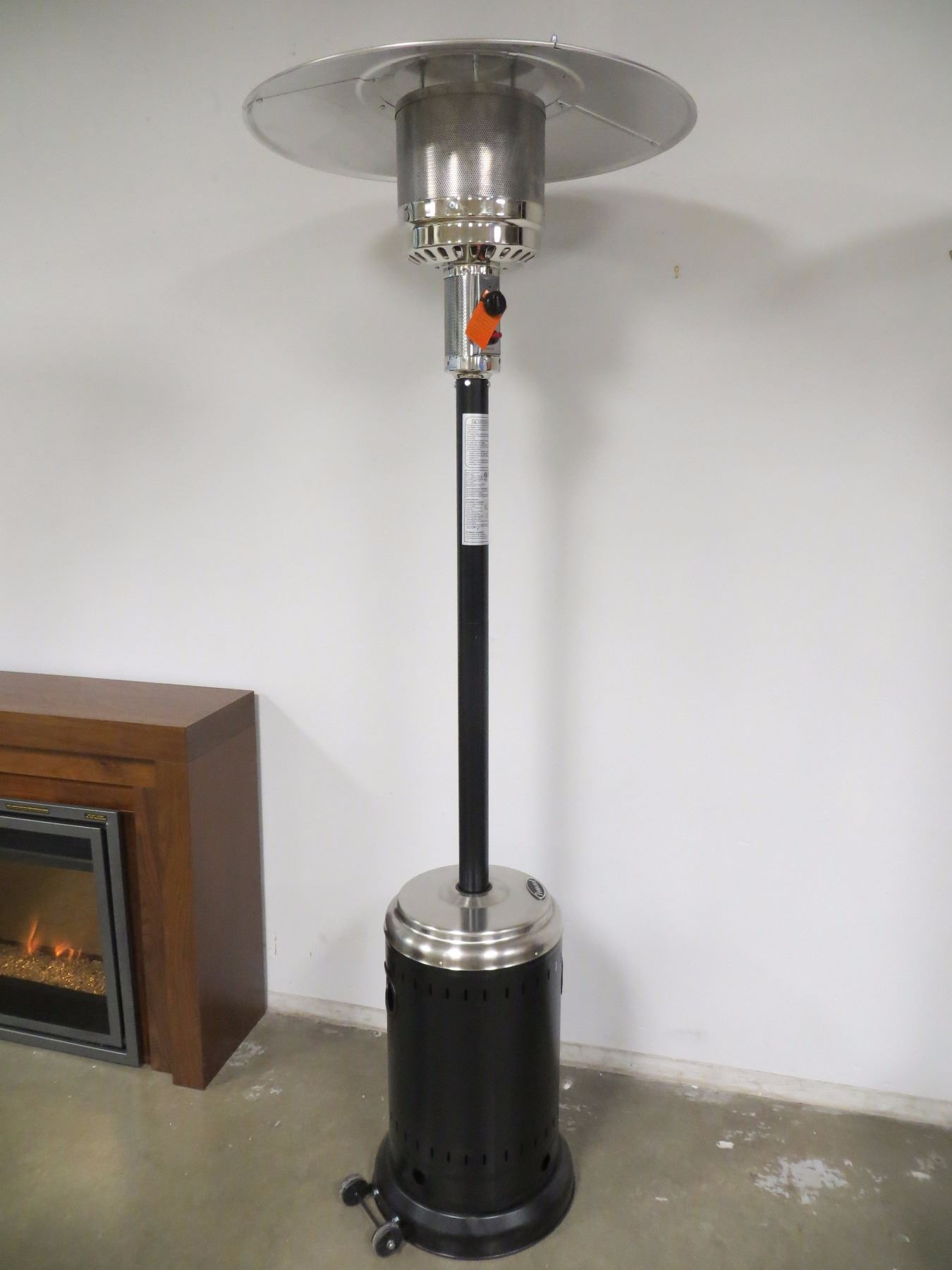 New In Box Paramount Patio Heater Black Stainless Steel