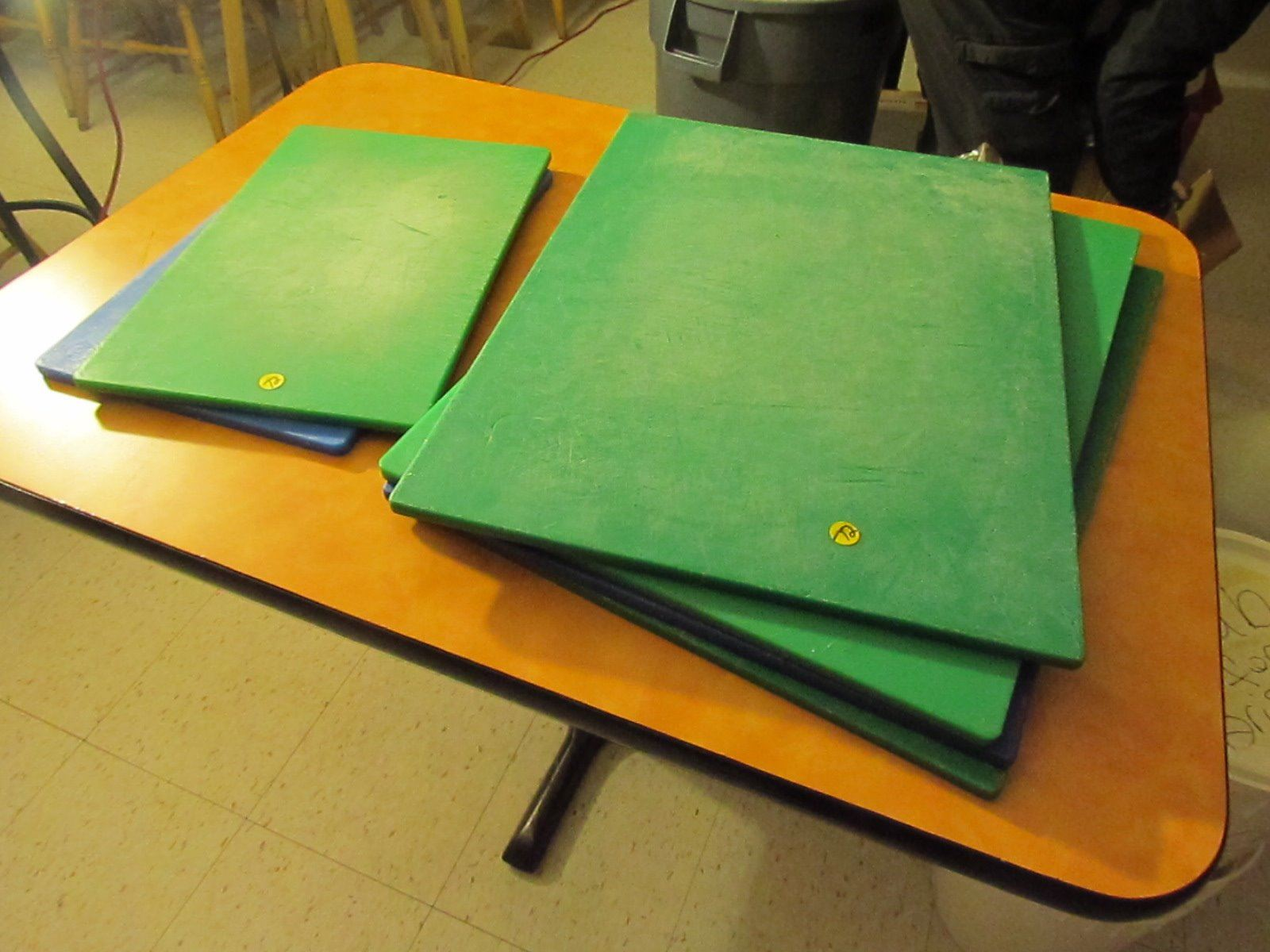 Small Plastic Cutting Boards 4 Large And 2 Small Plastic Cutting Boards Nsf